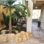 עיצוב ופיתוח גינות -עבודות בטון מוטבע בומנייט